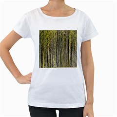 Bamboo Trees Background Women s Loose-Fit T-Shirt (White)