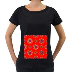 Rainbow Colors Geometric Circles Seamless Pattern On Red Background Women s Loose Fit T Shirt (black)