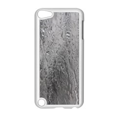 Water Drops Apple iPod Touch 5 Case (White)