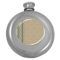Abstract Background With Floral Orn Illustration Background With Swirls Round Hip Flask (5 Oz)