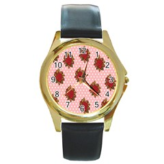 Pink Polka Dot Background With Red Roses Round Gold Metal Watch