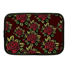 A Red Rose Tiling Pattern Netbook Case (Medium)