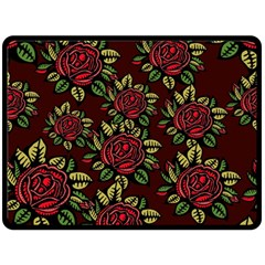 A Red Rose Tiling Pattern Fleece Blanket (Large)
