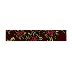 A Red Rose Tiling Pattern Flano Scarf (mini)