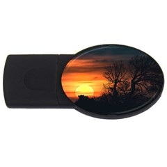 Sunset At Nature Landscape USB Flash Drive Oval (1 GB)