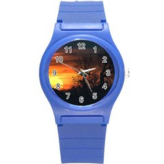 Sunset At Nature Landscape Round Plastic Sport Watch (S)