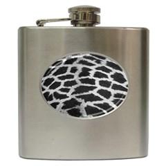 Black And White Giraffe Skin Pattern Hip Flask (6 oz)