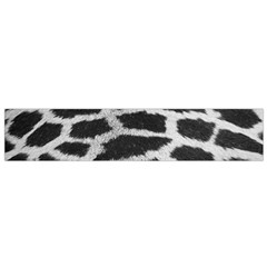Black And White Giraffe Skin Pattern Flano Scarf (small)