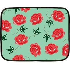 Red Floral Roses Pattern Wallpaper Background Seamless Illustration Fleece Blanket (mini)