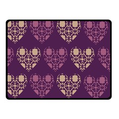 Purple Hearts Seamless Pattern Double Sided Fleece Blanket (small)
