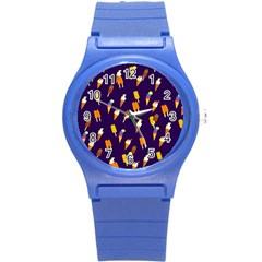 Seamless Cartoon Ice Cream And Lolly Pop Tilable Design Round Plastic Sport Watch (S)