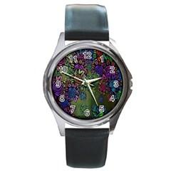Grunge Rose Background Pattern Round Metal Watch