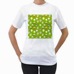 Cupcakes pattern Women s T-Shirt (White) (Two Sided)