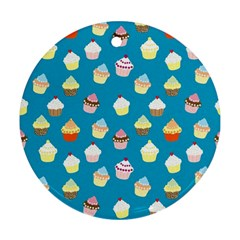 Cupcakes pattern Round Ornament (Two Sides)