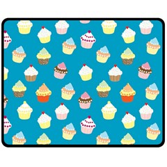 Cupcakes pattern Fleece Blanket (Medium)