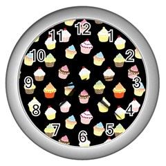 Cupcakes pattern Wall Clocks (Silver)
