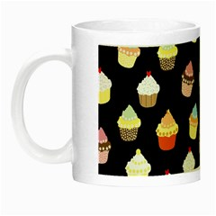 Cupcakes pattern Night Luminous Mugs