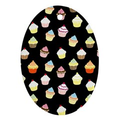 Cupcakes pattern Oval Ornament (Two Sides)