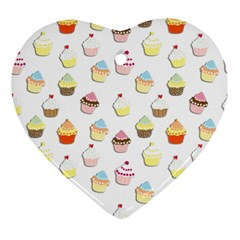 Cupcakes pattern Ornament (Heart)