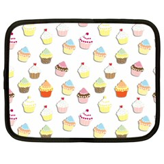 Cupcakes pattern Netbook Case (XL)
