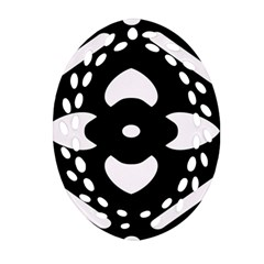Black And White Pattern Background Ornament (oval Filigree)
