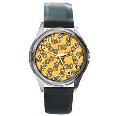 Abstract Shapes Links Design Round Metal Watch