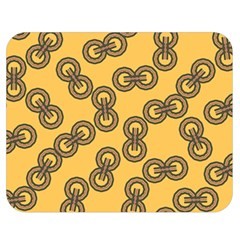 Abstract Shapes Links Design Double Sided Flano Blanket (medium)