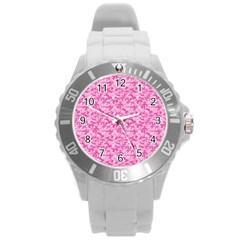 Shocking Pink Camouflage Pattern Round Plastic Sport Watch (L)