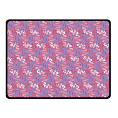 Pattern Abstract Squiggles Gliftex Double Sided Fleece Blanket (small)
