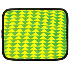 Arrow Triangle Green Yellow Netbook Case (XL)