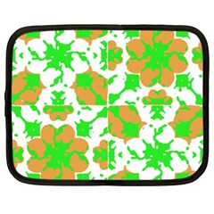 Graphic Floral Seamless Pattern Mosaic Netbook Case (XXL)