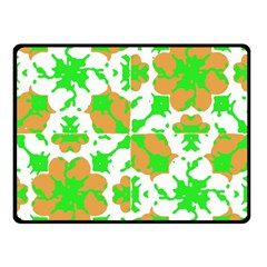 Graphic Floral Seamless Pattern Mosaic Double Sided Fleece Blanket (Small)