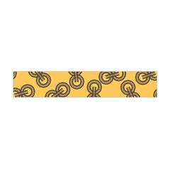 Abstract Shapes Links Design Flano Scarf (Mini)