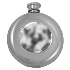 Puzzle Grey Puzzle Piece Drawing Round Hip Flask (5 Oz)