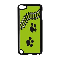Green Prints Next To Track Apple iPod Touch 5 Case (Black)