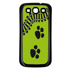 Green Prints Next To Track Samsung Galaxy S3 Back Case (black)
