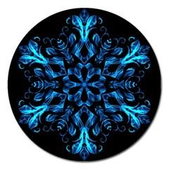 Blue Snowflake On Black Background Magnet 5  (Round)