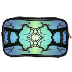 Branches With Diffuse Colour Background Toiletries Bags