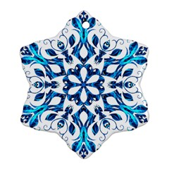 Blue Snowflake On Black Background Snowflake Ornament (two Sides)