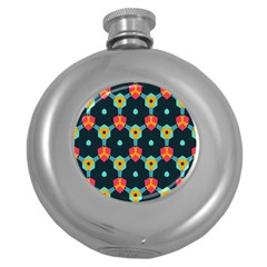 Connected shapes pattern          Hip Flask (5 oz)