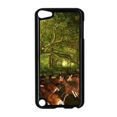 Red Deer Deer Roe Deer Antler Apple Ipod Touch 5 Case (black)
