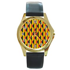 Triangles pattern       Round Gold Metal Watch