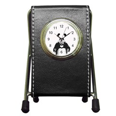 Panda Love Heart Pen Holder Desk Clocks