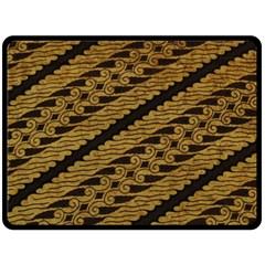 Traditional Art Indonesian Batik Fleece Blanket (Large)