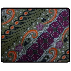 Batik Art Pattern  Fleece Blanket (Medium)
