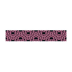 Triangle Knot Pink And Black Fabric Flano Scarf (Mini)