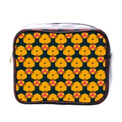 Yellow pink shapes pattern         Mini Toiletries Bag (One Side)
