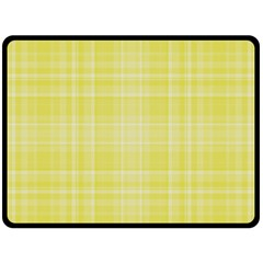 Plaid Design Double Sided Fleece Blanket (large)