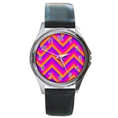 Chevron Round Metal Watch