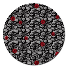 Skulls and roses pattern  Magnet 5  (Round)